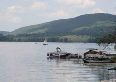 cayuta-lake-sailboat