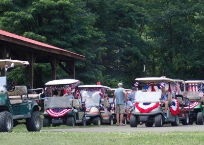 lineup-for-july4-golf-cart-parade